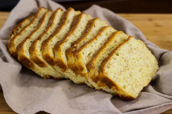 keto-bread-low-carb-protein