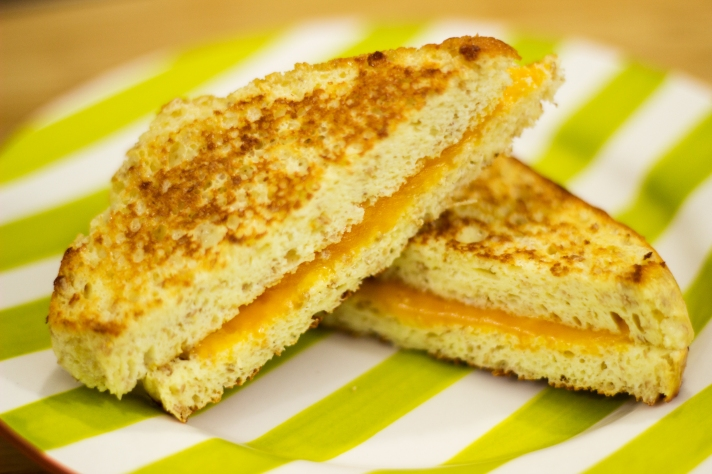 keto-low-carb-bread-grilled-cheese